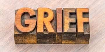 Warning Signs That You May Need Help With Grief